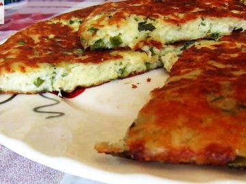 Сырная лепёшка на сметане с зеленью