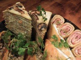 Блинный торт с грибами и фаршем