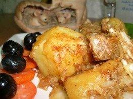 Картофель тушеный с капустой