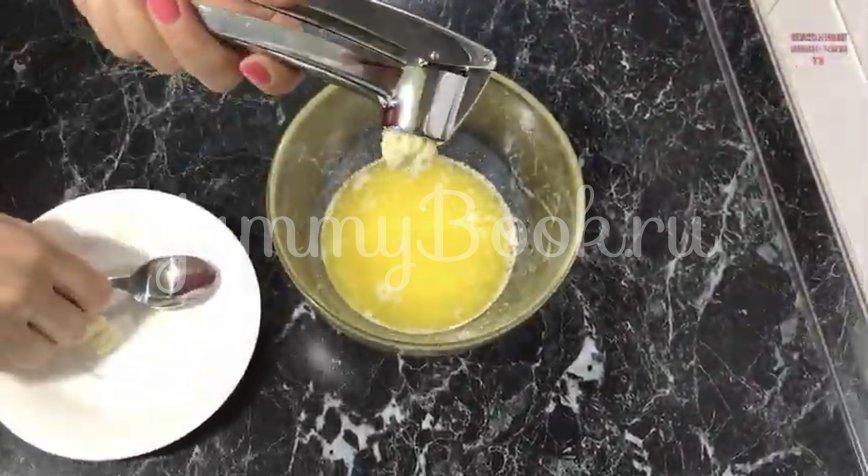 Картофель под сыром в духовке - шаг 3