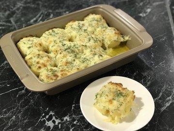 Картофель под сыром в духовке