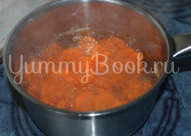 Детское морковное пюре - шаг 2