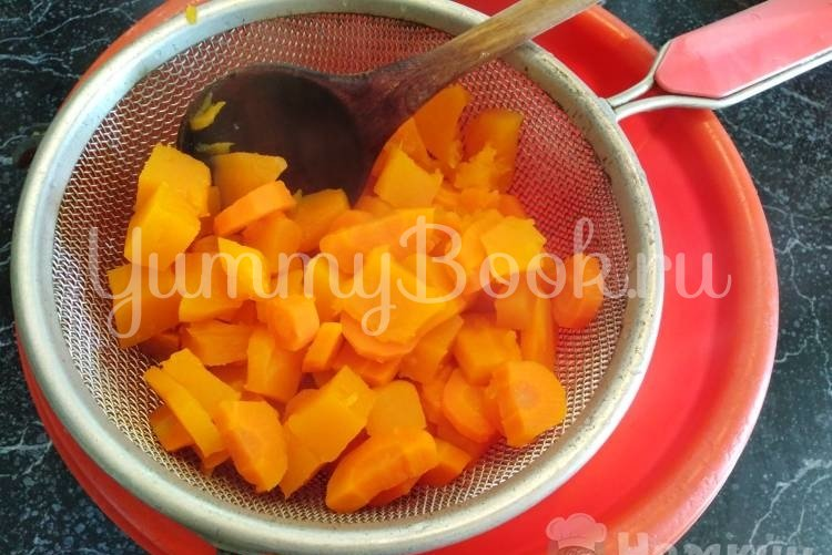 Детское морковное пюре - шаг 3