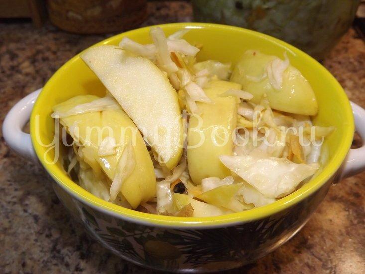 Капуста квашеная с яблоками - шаг 9