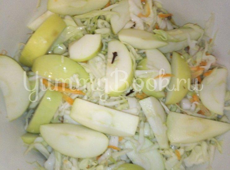 Капуста квашеная с яблоками - шаг 5