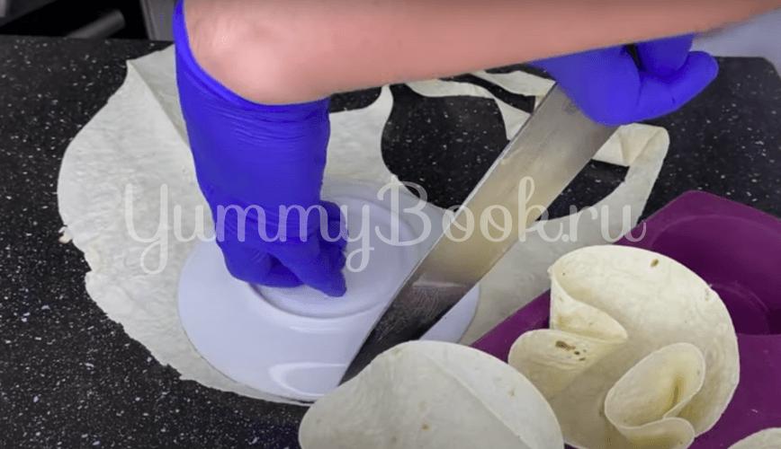 Кексы из лаваша с курицей и грибами - шаг 3