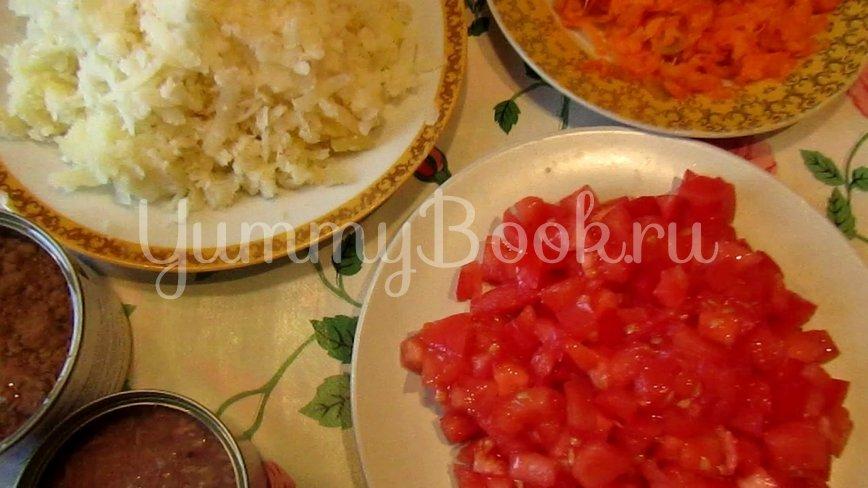 Слоеный салат с тунцом - шаг 2