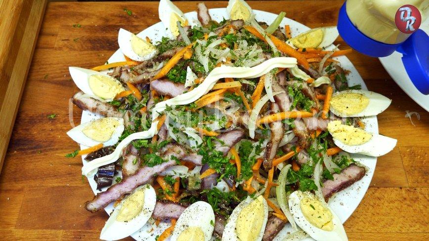 Салат с баклажанами, мясом и овощами  - шаг 10