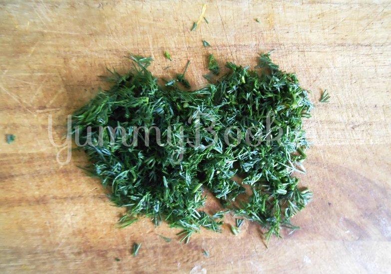 Хек в сметанно-майонезной заливке с овощами, запечённый в духовке - шаг 7