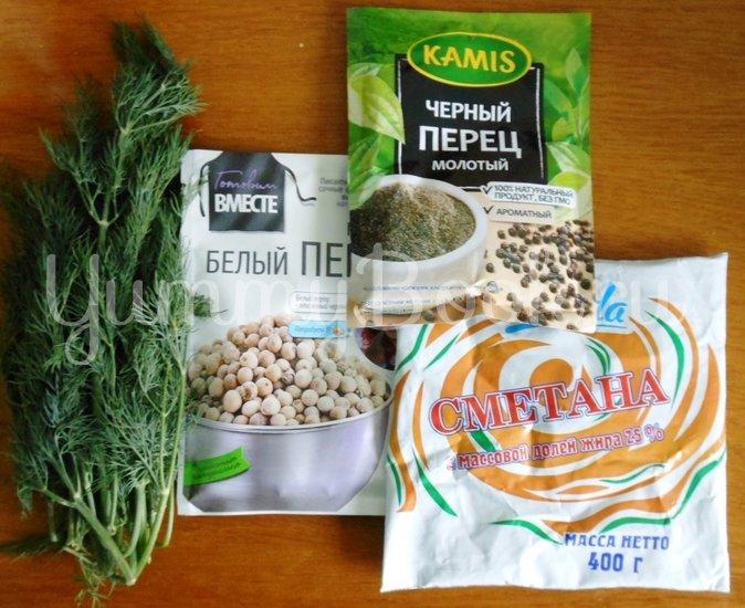 Хек в сметанно-майонезной заливке с овощами, запечённый в духовке - шаг 6