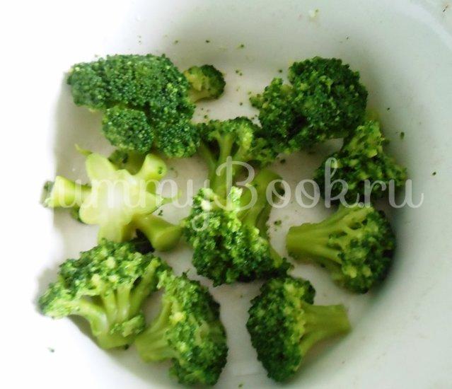 Хек в сметанно-майонезной заливке с овощами, запечённый в духовке - шаг 2