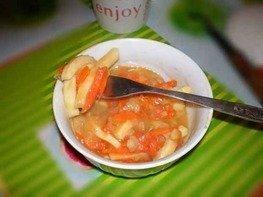Кальмары с овощами под соусом
