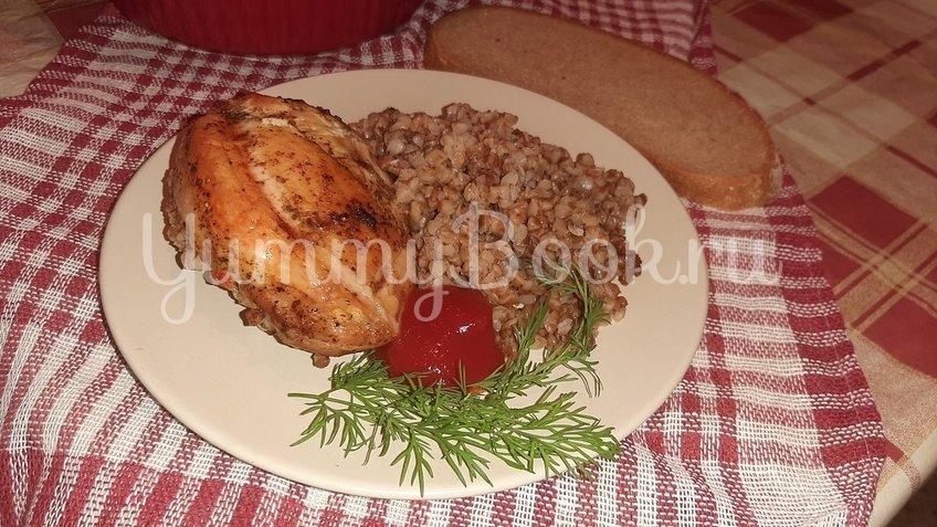 Гречка с куриными бёдрами в духовке - шаг 3