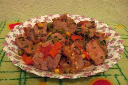 рубленое мясо по-мексикански.