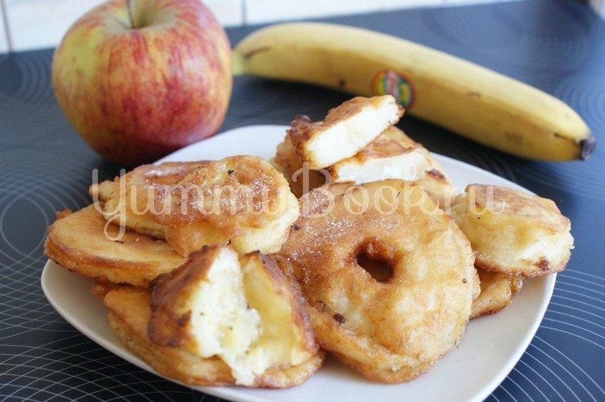 Яблоки и бананы жареные в тесте