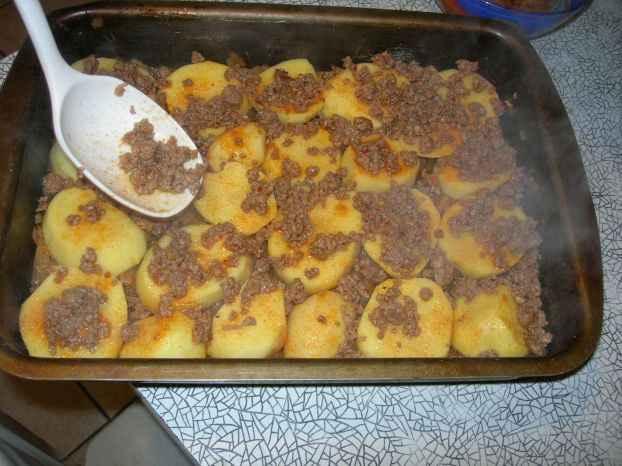 Запеканка из сырого картофеля с фаршем в духовке рецепты с фото пошагово